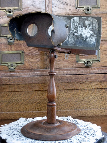 Victorian Stereograph Viewer