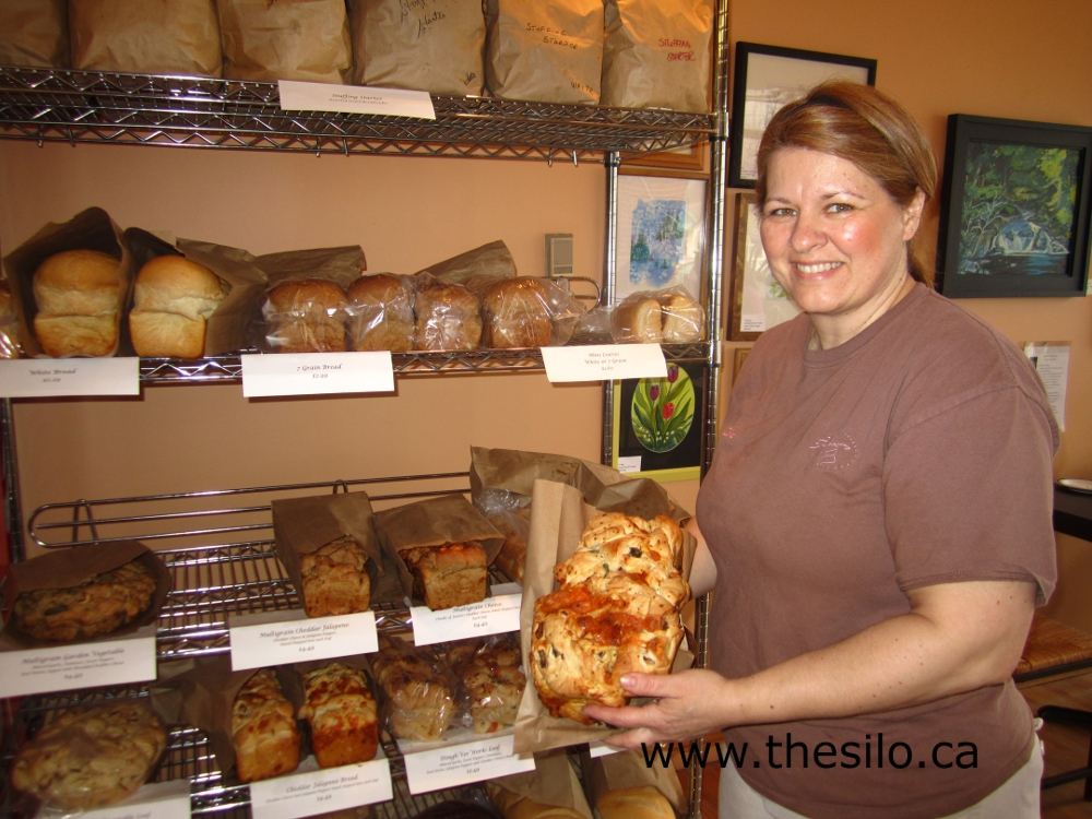 Warm Treats + Solid WiFi = Trish's Bakery, Port Dover