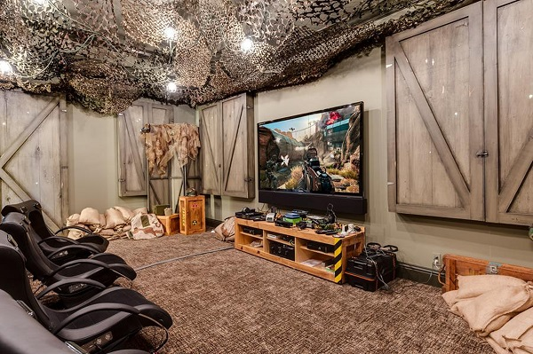 "The ""Call of Duty"" video game room. Get some!"