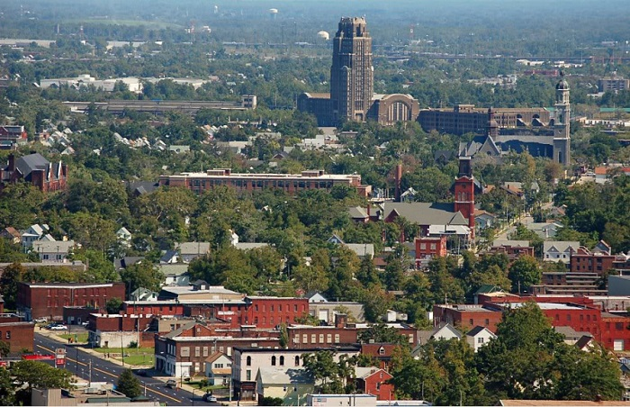 Wonderfully historic- downtown Buffalo. image courtesy: s84photobucket/user/segaert-library