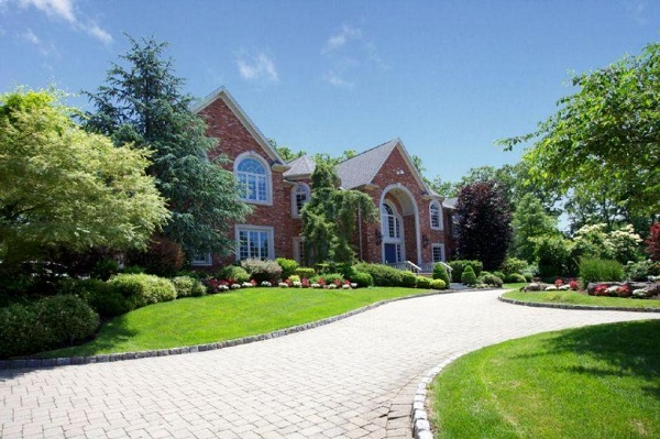 For Sale- Now Reduced!- Puff Daddy's NJ home.