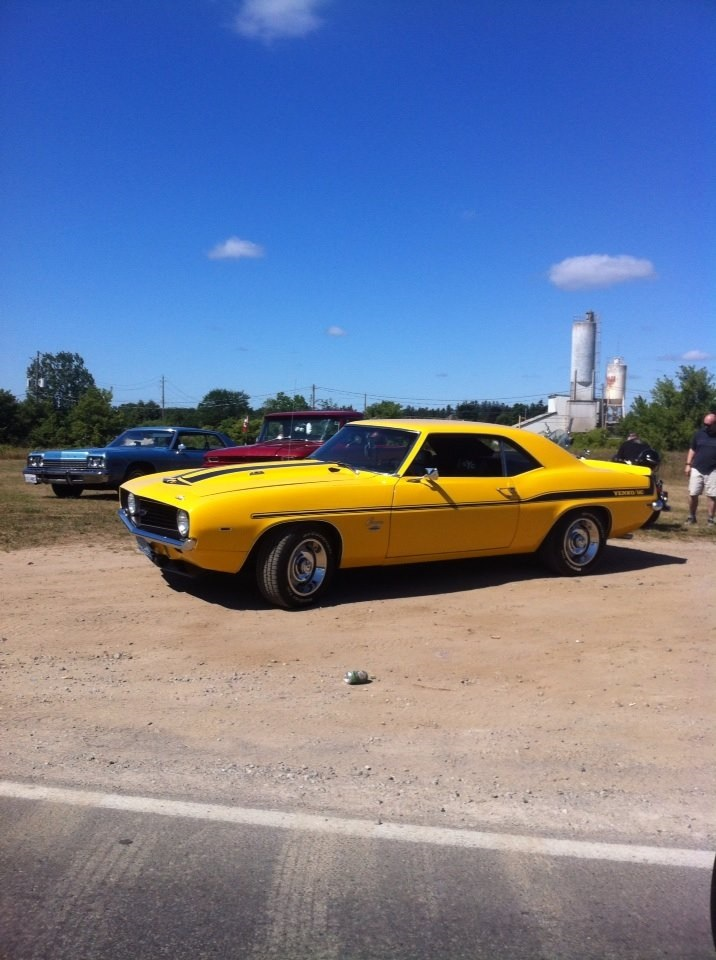 Yenko Camaro seen in Waterford Aug 2016